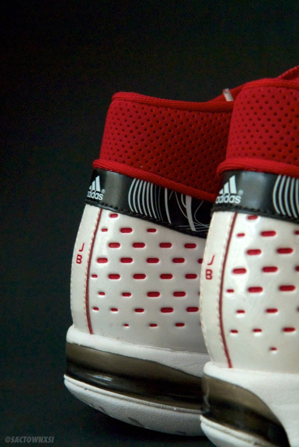 adidas Player Exclusives: Jerryd Bayless TS Creator Blazers Home