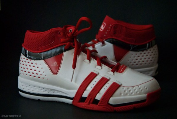 adidas Player Exclusives: Jerryd Bayless TS Creator Blazers Home White/Red/Black