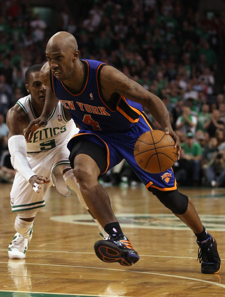 Chauncey Billups wearing the New York Knicks away colorway of his PE adidas TS Lightning Creator